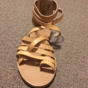 Shoes - Tan strappy sandals